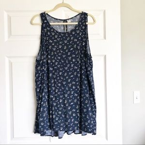 Old Navy Floral Sleeveless Blouse - Size 4X